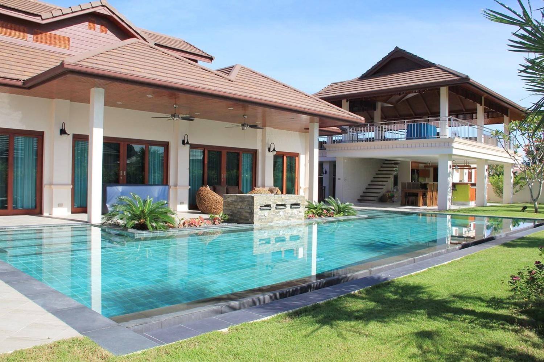 Thai Balinese Villa HuaHin
