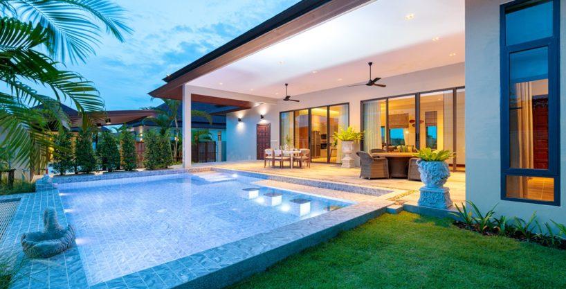 Bali Stylish Pool Villa HuaHin