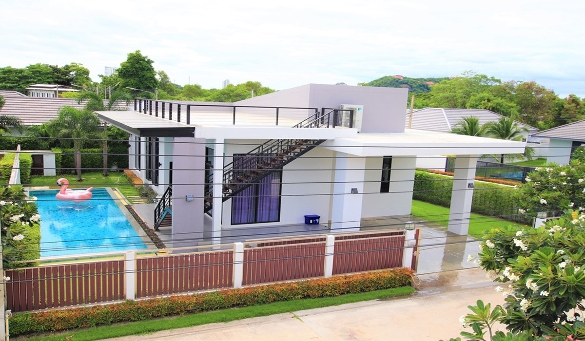 House HuaHin near the beach