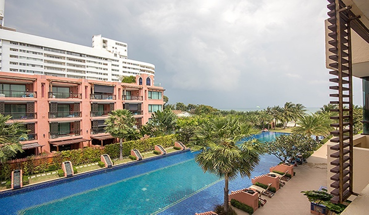 Beach Front Condo HuaHin For Rent